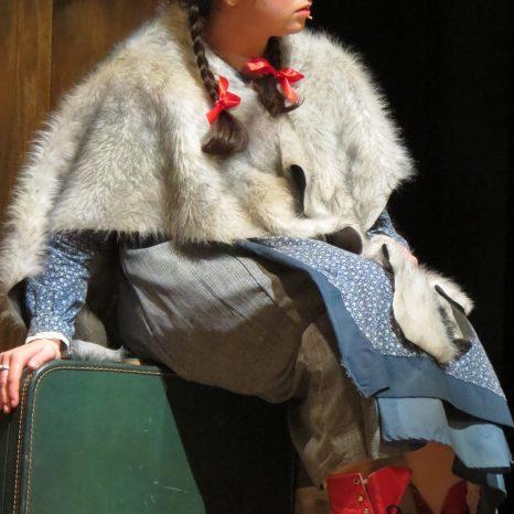 See, just like Lilla Crawford, but prettier!
